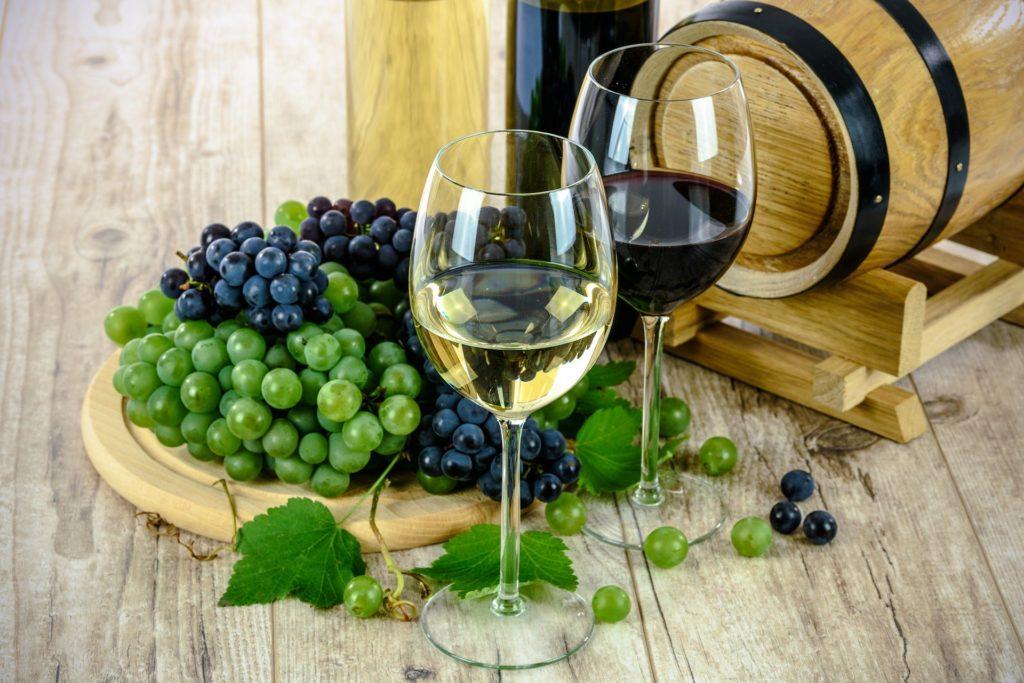 Comme boire du vin cétogène, afin d'avoir une vie sociale en régime keto